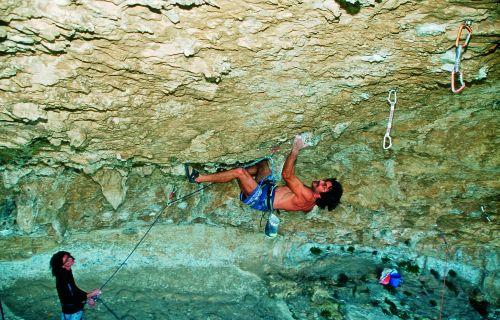 Pierre Pietra na swojej drodze Voltu Horizonte 8b, secret spot w okolicach Patrimonio