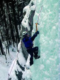 Pierwsze kroki we wspinaczce lodowej w Słowackim Raju