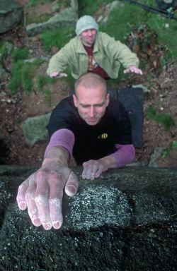 Andrzej Beno na bulderku Mostek