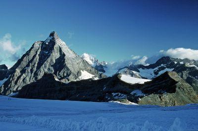 Matterhorn (4478 m) z Plateu Rosa