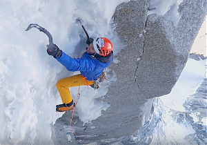 Ueli Steck na North Couloir Direct na Les Drus